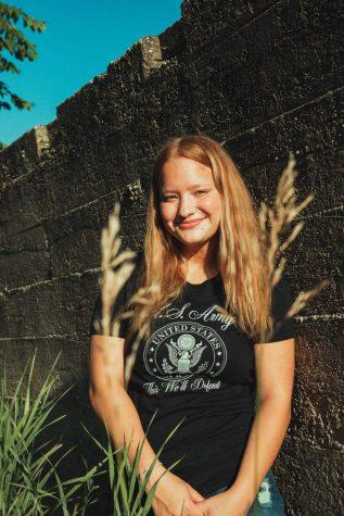 Senior Skyler Barfield smiles for her senior photos